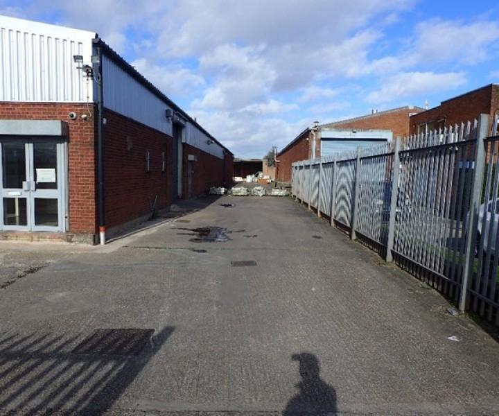 33 Bannerley Road, Garretts Green, Birmingham, B33 0SL